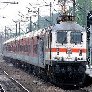 Train Ticket Kolkata Delhi India by Kolkata Rajdhani Express