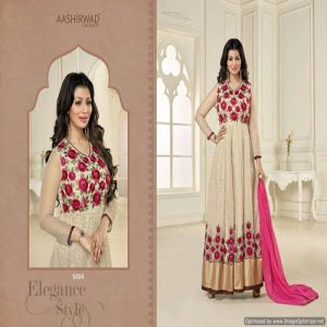 Code : AM5004 | Indian Salwar Kameez