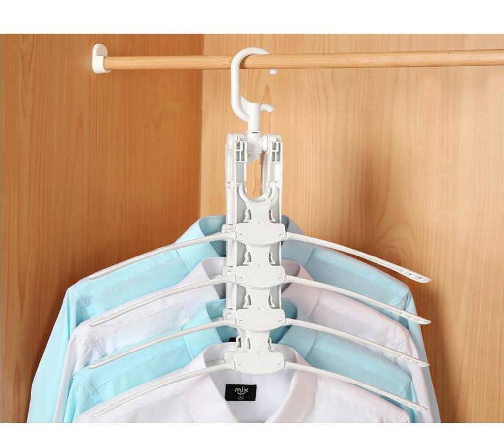 Multi-functional plastic clothes hanger,(5539922.)