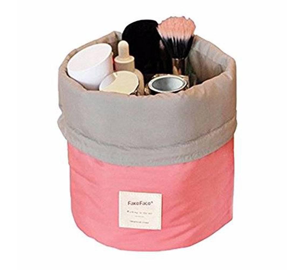 Cosmetic Bag,(3318144.)